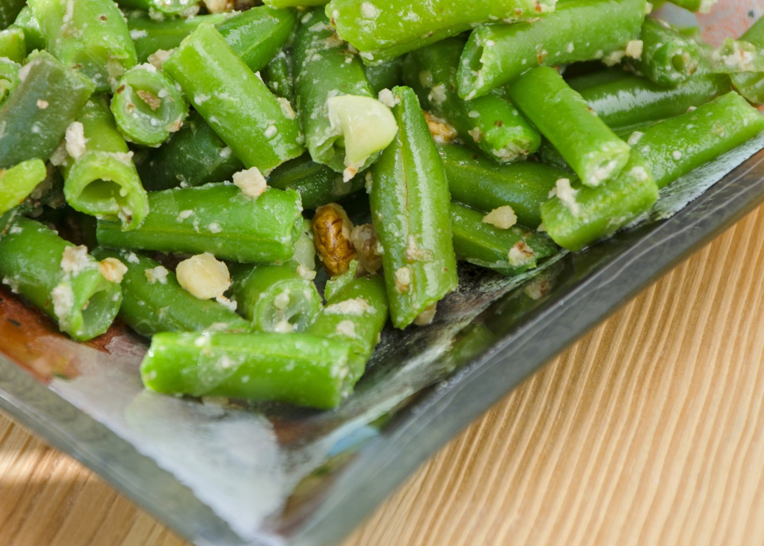 Image for Green Beans with Dates and Walnuts